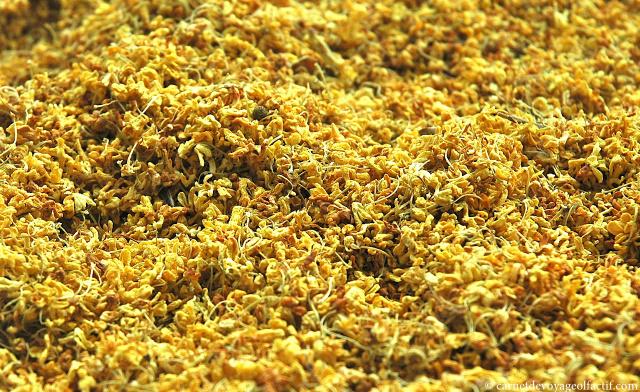 Fleurs d'osmanthus séchées